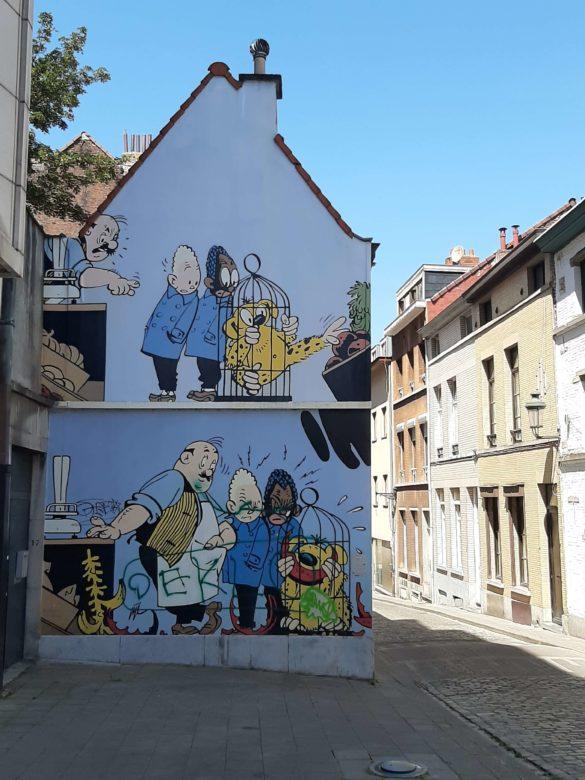Autor-Jije–Mural-comic-blondin-et-Cirage-Rue-des Capucins